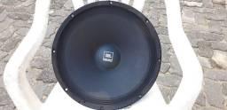 """Auto-falante JBL 15"""" novo."""
