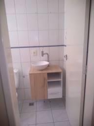 Gabinete com cuba e torneira