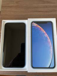 IPHONE XR 64 gb praticamente novo