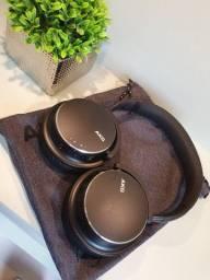 Fone de ouvido AKG Y600NC Samsung