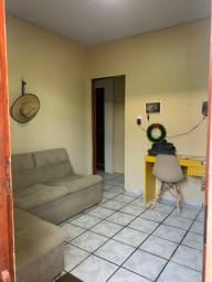 Aluga-se apartamento geminado