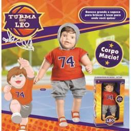 Boneco gigante Leo
