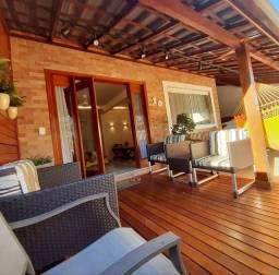 Casa em Condomínio 04 quartos sendo 03 suites Riviera