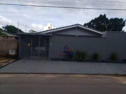 Casa com 3 dormitórios 1 com closet e suite à venda por R$ 320.000 - Cafézinho - Ji-Paraná