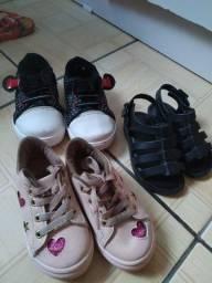 3 pares de calçados infantil