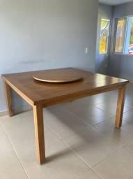 Mesa com girador