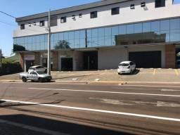 Sala Comercial no Centro com Estacionamento
