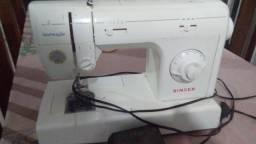 Máquina de costura Singer Inspiração