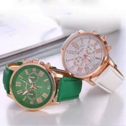 Kit com 2 Relógios Femininos na Promoção