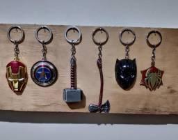 Vendo chaveiros marvel, em metal