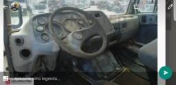 Caminhão MB 1620 Baixado - 2011