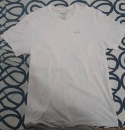 f9815f6c6 Camiseta Oakley Original GG (LEIA A DESCRIÇÃO)
