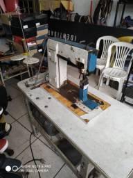 Máquina de coluna IVOMAC para calçados