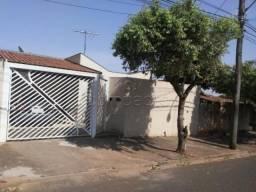 Casa à venda com 3 dormitórios cod:V12282