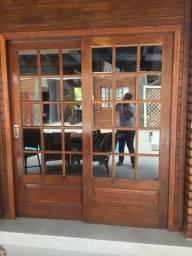Vendo duas porta-janelas c veneziana Angelim Pedra