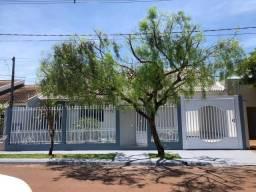 Vende-se Linda casa no Jardim João Queiroz