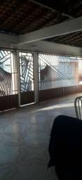 Casa no conjunto Medici 1, 180 m2, 2 garagens