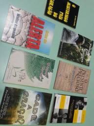 Livros de poemas e contos