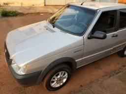 Vende-se uno 1.0 2012
