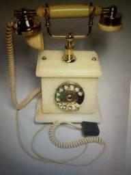 Título do anúncio: Telefone antigo funcionado