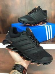 Tênis Adidas Springblade - 300,00