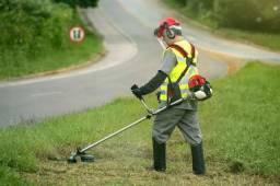 Fazemos limpeza de terrenos, corte de grama, transporte de motocicletas