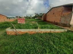 Vende-se terreno na mata do Peru