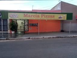 Vende-se pizzaria montada