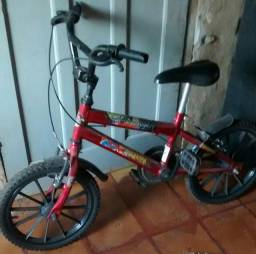 Bicicleta infantil, tem nota também