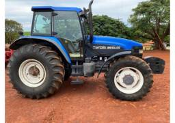 Trator New Holland Tm 135 4X4 Ano 01<br><br>