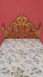 Cama madeira pura+colchão não a detales