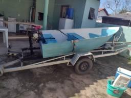 Título do anúncio: Barco com motor e reboque