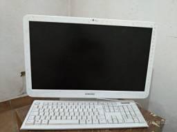 Urgente vendo PC Samsung Ram 4000