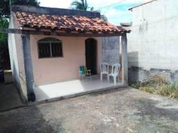 Casa humilde, quarto, sala, cozinha, banheiro e varanda