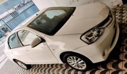 Etios sedan xls 2014