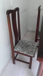 Mesa com 5 cadeiras