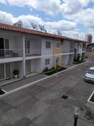 Casa duplex 4/4 com 2 suites para venda
