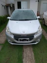 Peugeot 208 top 1.5 - 2014