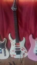 Guitarra Cort customizada