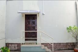 Apartamento próximo a PUC