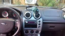 Fiesta Sedan Class Flex completo