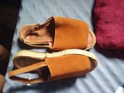 Sandália estilo verão
