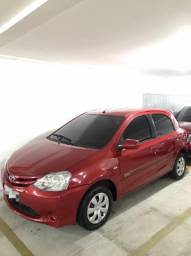 Toyota Etios 2013 apenas 58 mil rodados