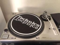 Toca disco Technics sl1200 mk2