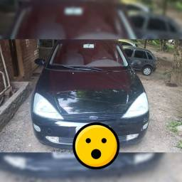 Vendo ford focus glx 1.8 ano 2002
