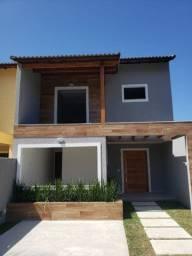 Linda Casa Duplex 3 suítes, piscina e garagem 2 carros no melhor ponto de Itaipuaçu