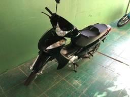 Honda Biz 125 ES conservada