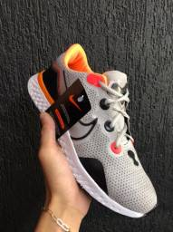Tênis Nike React - 160,00