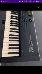 Título do anúncio: Vendo/troco Roland XP80 funcionando tudo 12x 260,00 visa/master