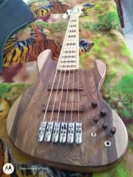 Baixo luthier Clayton oliveira